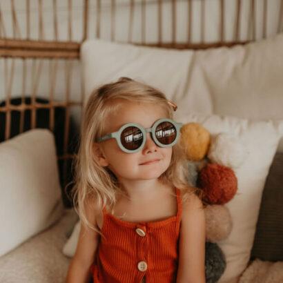 detske-slnecne-okuliare-dievca