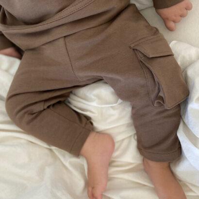 detské slim tepláky