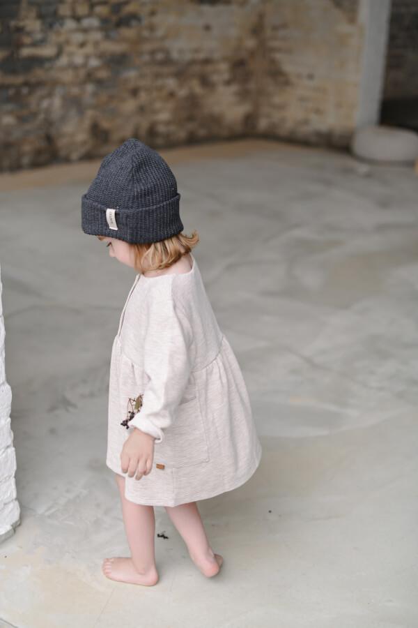 seda-zimna-detska-ciapka