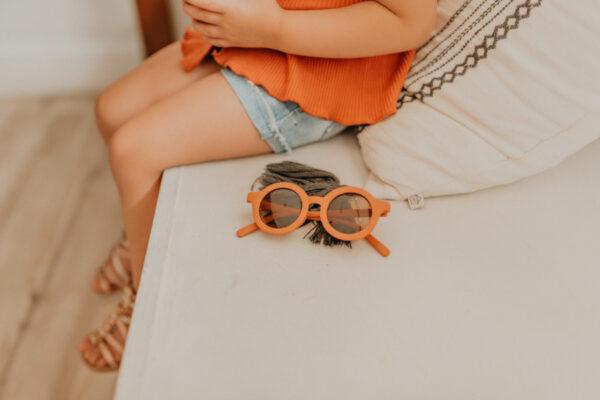 slnečné okuliare s UV filtrom